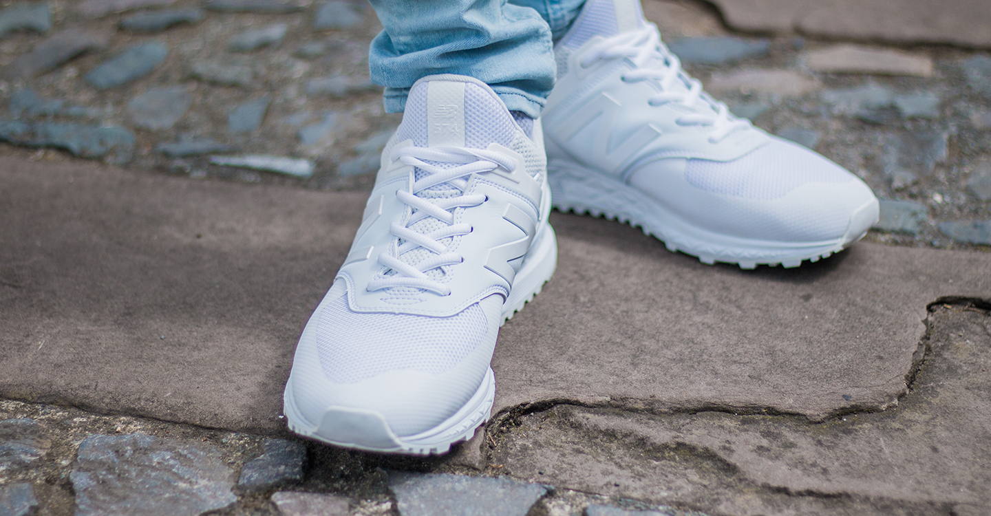best website a17a8 4452c NEW BALANCE 574S WHITE ON FEET | The New Collections